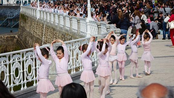 Escuela de danza m terese fagoaga for Escuela danza san sebastian de los reyes