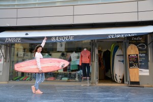 beti_beauty_indie_basque_surfing